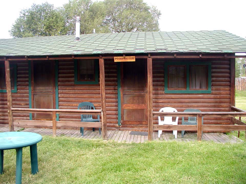 cabin lake trail lodge your book cabins with jeep rentals heartwood wyoming jackson a rental at hole blackfoot