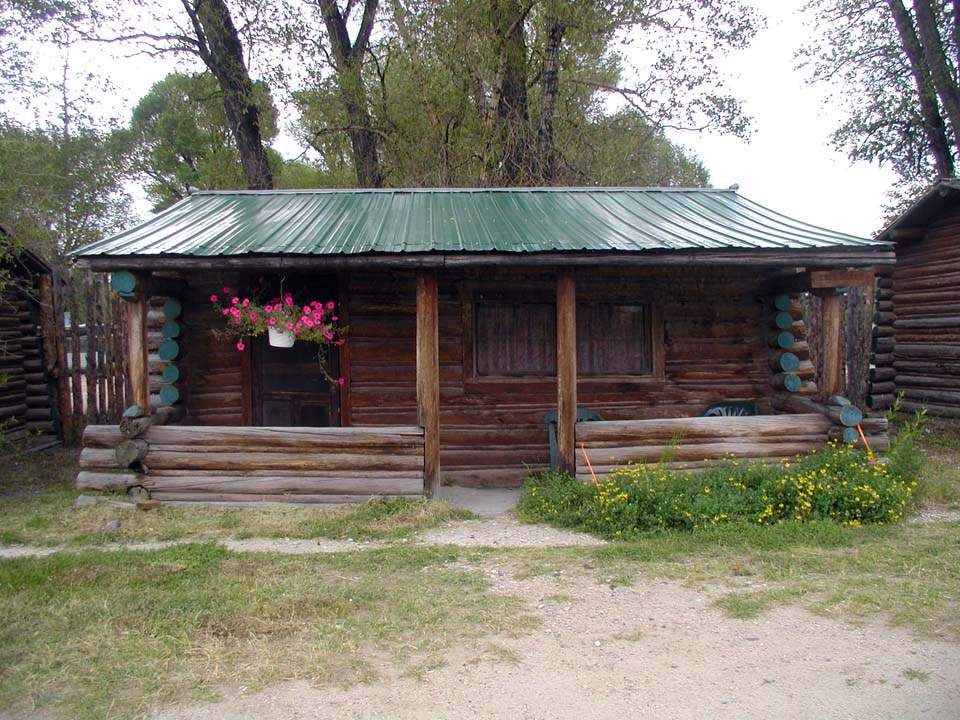 rentals picture x rental cabins charming wyoming rent dtavares southern in cowboy com for cabin